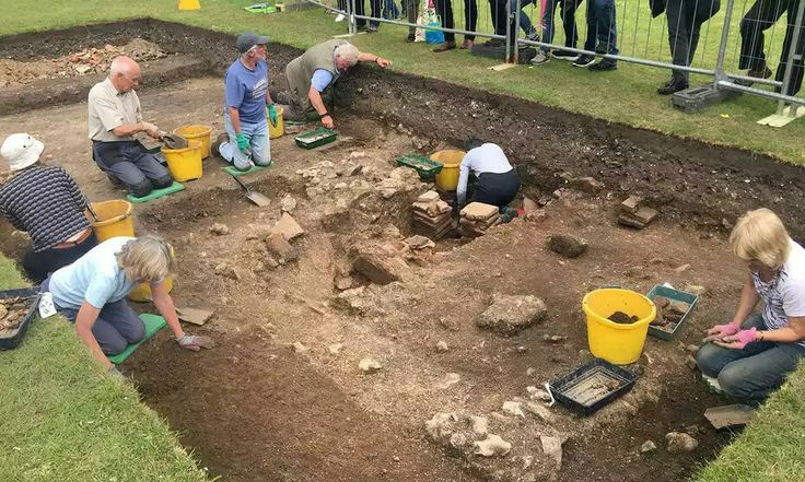 Luxury bath house from Roman Chichester unearthed by archaeologists