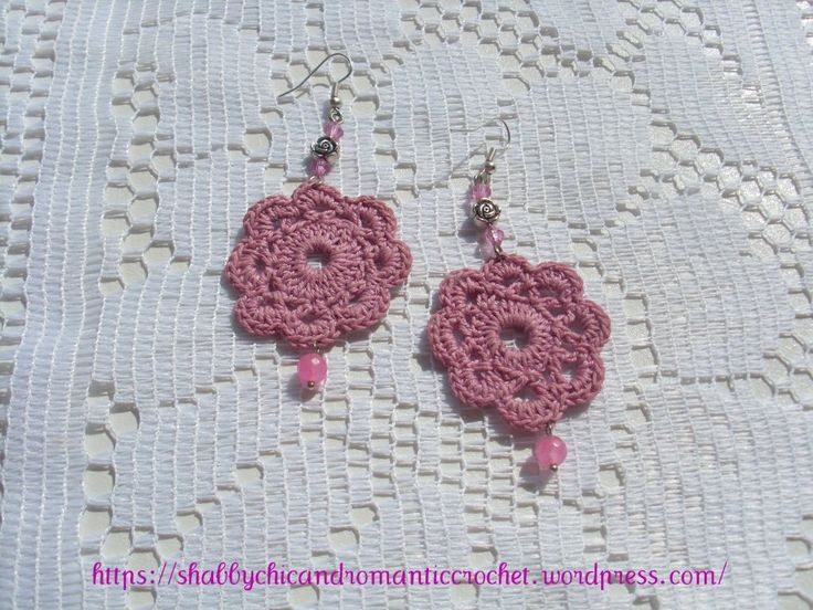 https://shabbychicandromanticcrochet.wordpress.com/2015/05/26/old-rose-crochet-earrings-orecchini-alluncinetto-rosa-antico/