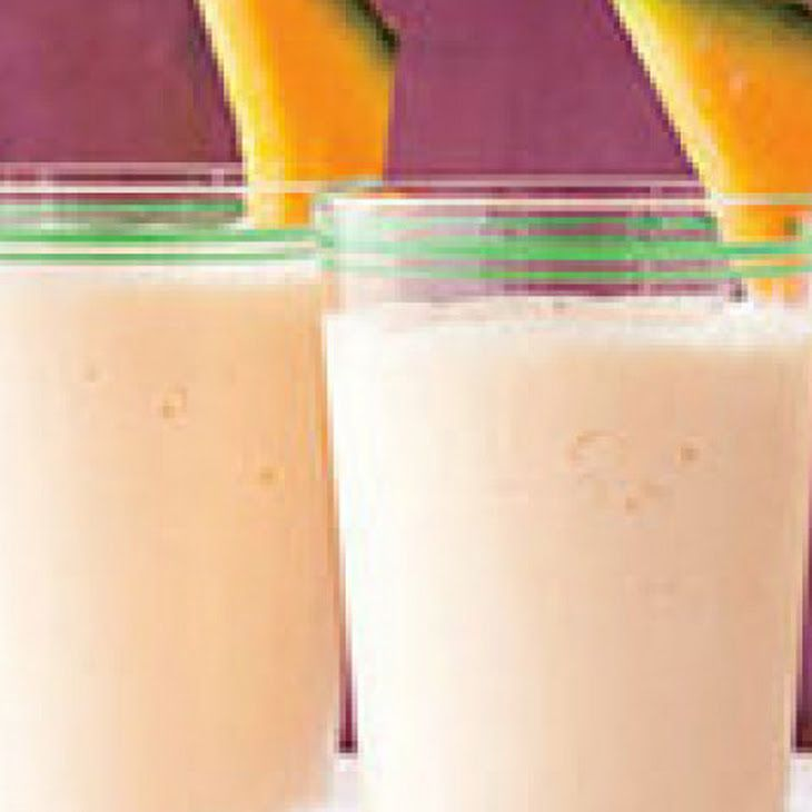Cantaloupe-Yogurt Smoothie Recipe Ingredients  1 cup cantaloupe (cubed)  1 1/2 tbsps honey  1/2 cup greek yogurt (2%)  1 1/4 cups ice; Used Frozen Cantelope and less ice and a little milk. Turns into creamy orange slushie.