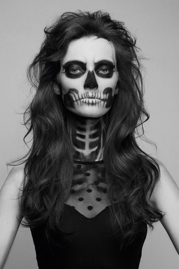 There is a part of me that really wants to show up to school like this on halloween.