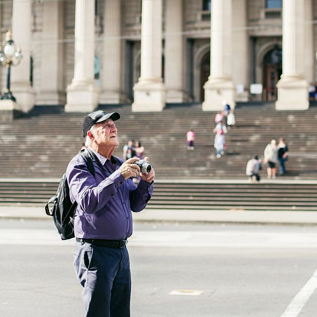 Today we continue 'Through My Eyes', our photo essay series in partnership with @olympus_au. We're ESPECIALLY excited about today's instalment! Angus O'Callaghan is 93, and he's been photographing Melbourne for over 50 years! Inspired by a 'now and then' theme, today Angus shares with us a new series of photographs of Melbourne, taken on the Olympus PEN-F. Pic by @ameliastanwix, link to full story in profile 👆🏻#OlympusInspired #OlympusPENF