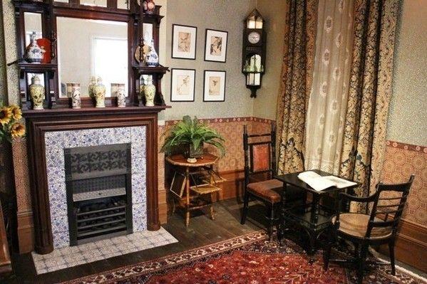 今回は1800年代のヴィクトリア女王の時代から1900年頃までのイギリスのミドルクラスの「住まい」を見ていきたいと思います。そこには現在もよく見るデザインの数…