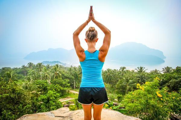 Yoga does a body good. Here's how | Azzurra Soul