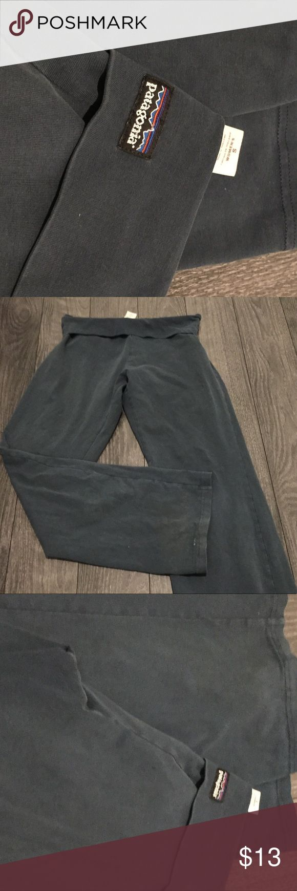 PATAGONIA LEGGINGS Gently used  Grayish blue color  I#001E Patagonia Pants Leggings