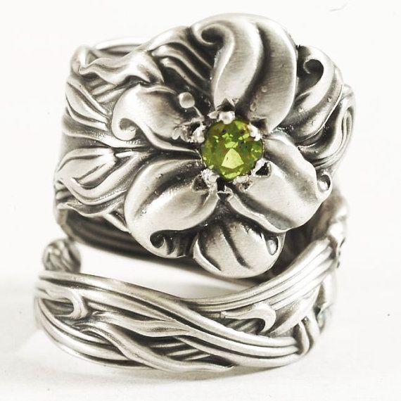 Fancy Stargazer Lily Spoon Ring with Green Peridot Frontenac by Spoonier