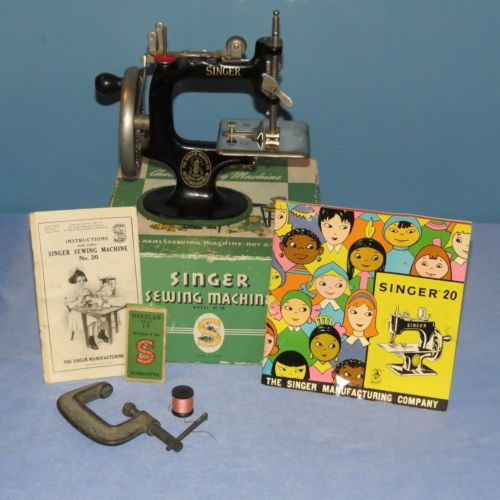 Child's Singer Sewing Machine w/box, clamps, instructions 1920s