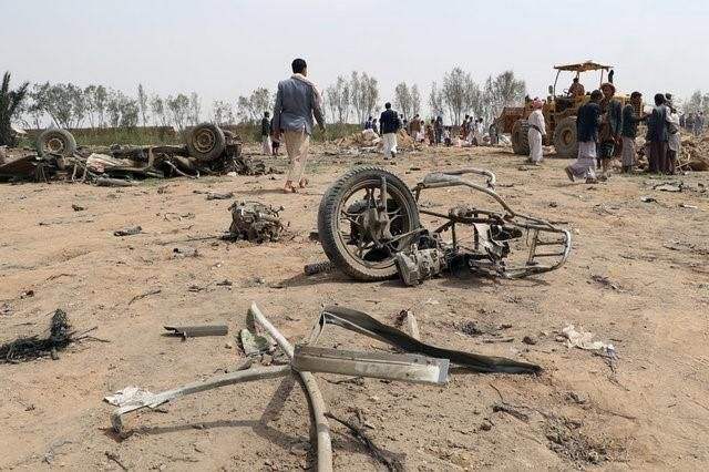 DUBAI (Reuters) – Three women and six children from the same family were killed in an air strike by the Saudi-led coalition on their home in northern Yemen on Friday, a local health official said, the latest in a series of attacks since 2015.  Yemen has been torn by a civil war in which... - #Air, #Family, #Killed, #Members, #News, #Strike, #Yemen