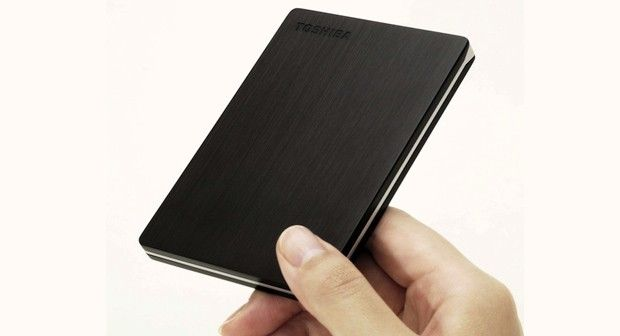 Toshiba reaches out to the Ultrabook set with a 9mmthick Canvio Slim portable hard drive: Slim Portable, 500Gb 115, Driving 500Gb, Canvio Slim, 9Mmthick Canvio, Toshiba Canvio, Hard Driving, Portable Driving, Portable Hard