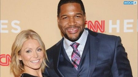 Watch Kelly Ripa And Michael Strahan Make One Long Penis Joke When Discussing The IPhone 6