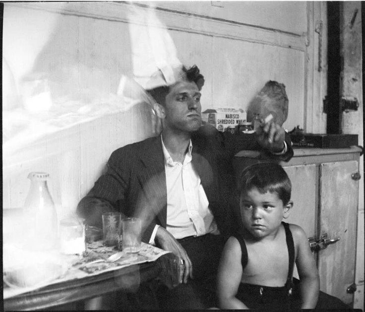 Young Robert De Niro with his painter father 'Robert De Niro Sr.