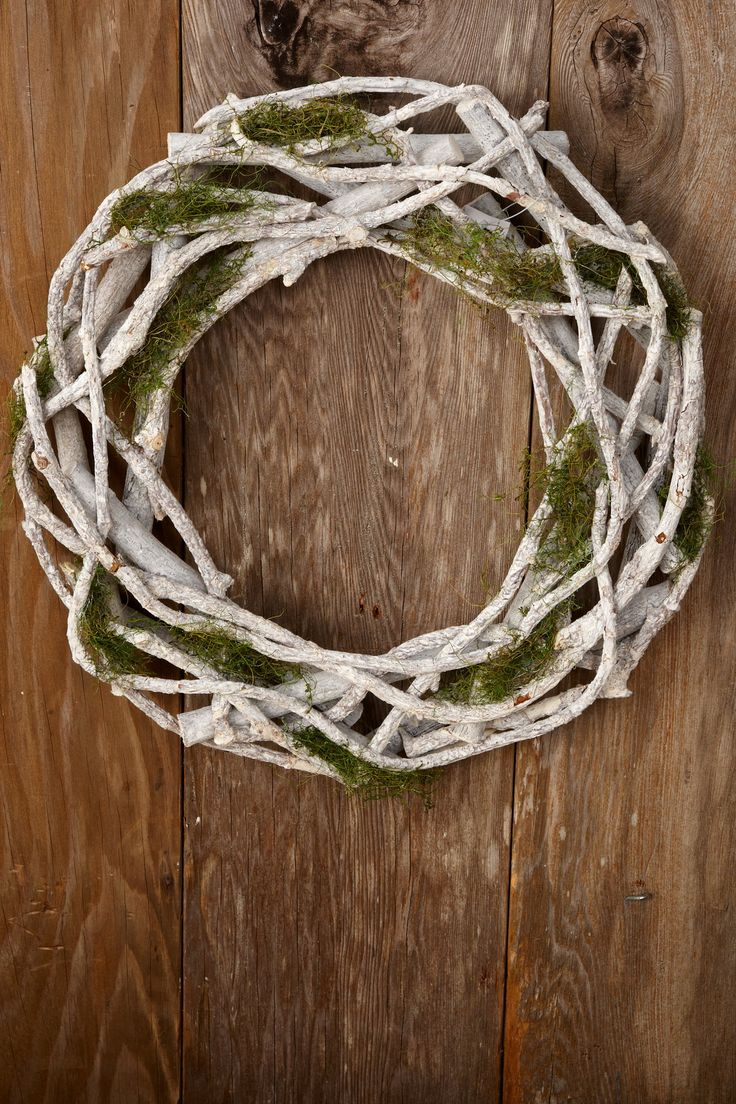 17 best ideas about moss wreath on pinterest battery Making wreaths