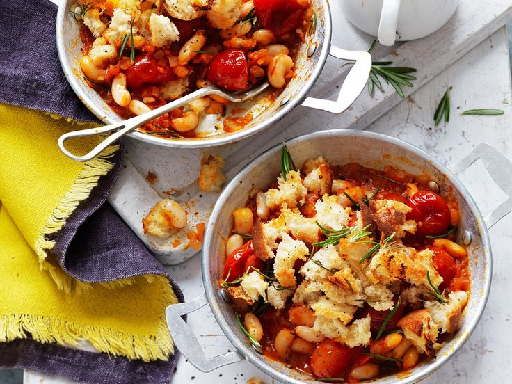 Wake up and smell this delicious breakfast! Baked beans and tomato pots with rosemary sourdough crumble - full of filling, healthy ingredients to kick start your day. This recipe is suitable for diabetics.