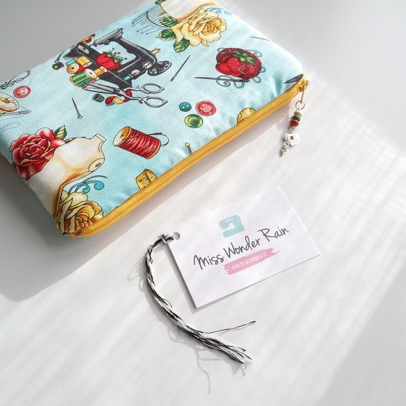Pochette imbottita in tessuto turchese manichini Vintage Couturier Robert Kaufman