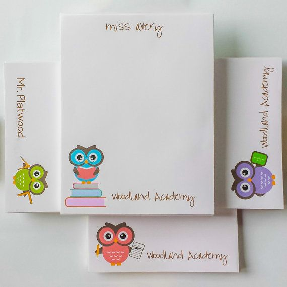 Teacher Notepad Set  Owl / Teacher Personalized by hedoepaper  Can be personalized (not only for teachers!) super cute! i like the blue on on the books :)