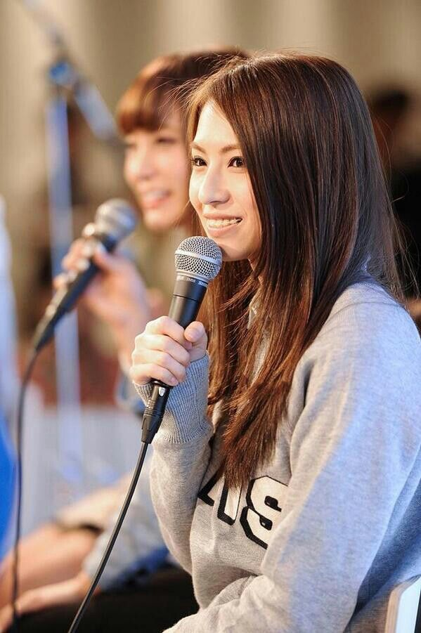 Haruna Ono, baru sadar Haruna pake behel ♥