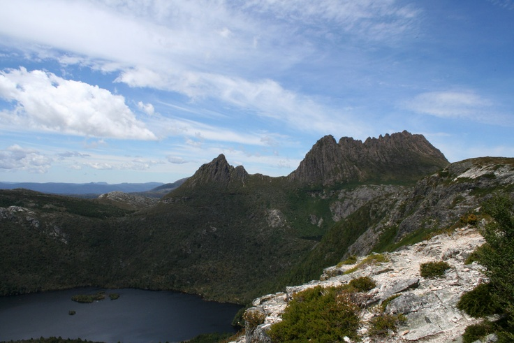Dove Lake and Cradle Mountain, from Marions Lookout