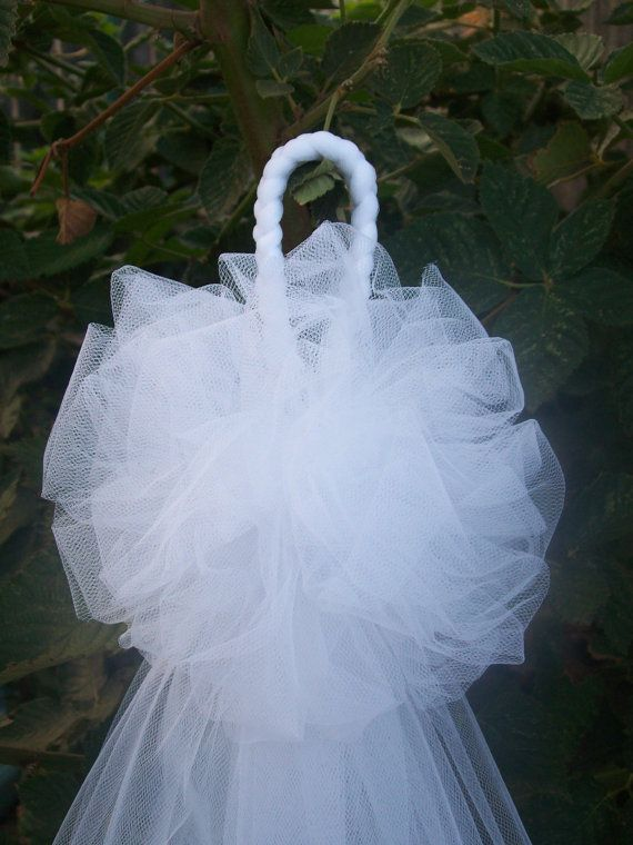 Beautiful White Tulle Pew Bows  Traditional Bridal by OneFunDay, $9.00