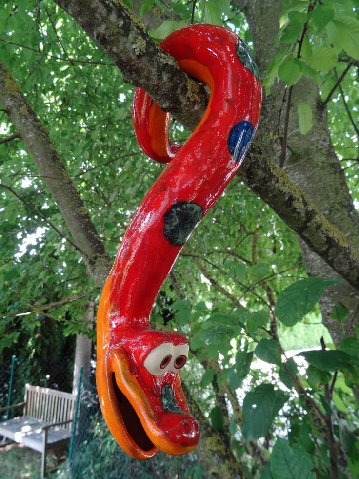 Tree snake made of ceramics, for hanging, frost-proof, unique, red, Gartendeko