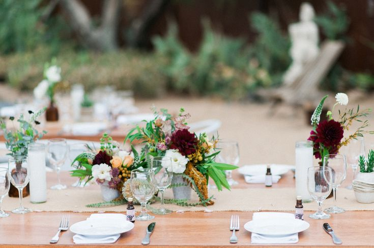 MOJAVE SANDS MOTEL in Joshua Tree, CA | Weddings by Border Grill Catering
