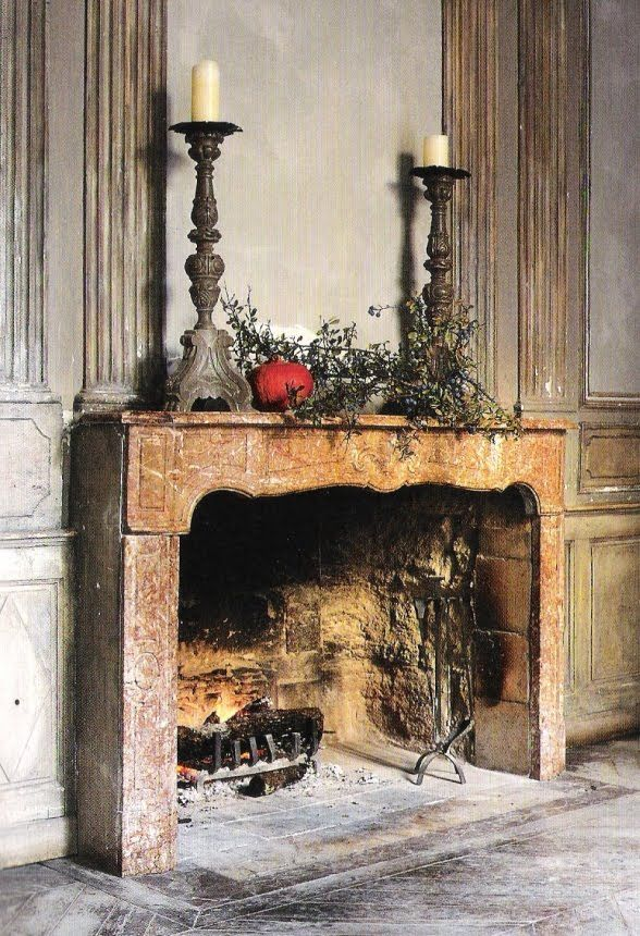 French Home by Josephine Ryan, fireplace surround et boiserie, edited by lb for l