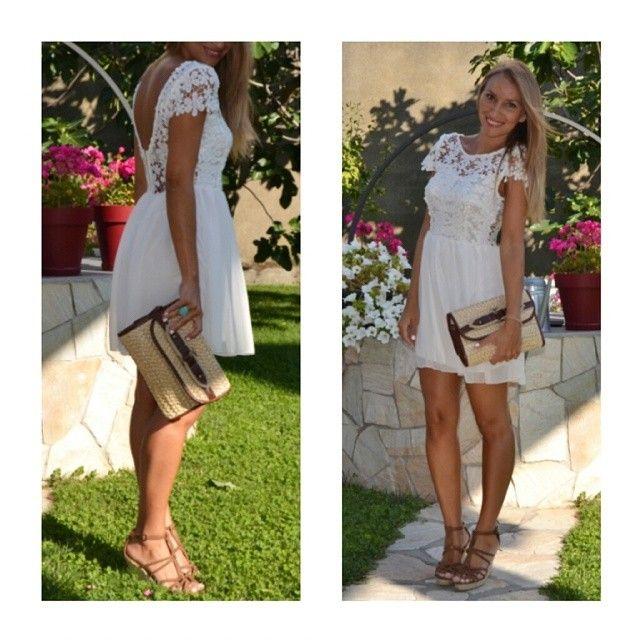 Ahí va de cuerpo entero ;-) #outfit #ootd #instalook #looktoday #instablogger #vestido #aliexpress #cuñas#bolso #suiteblanco #old