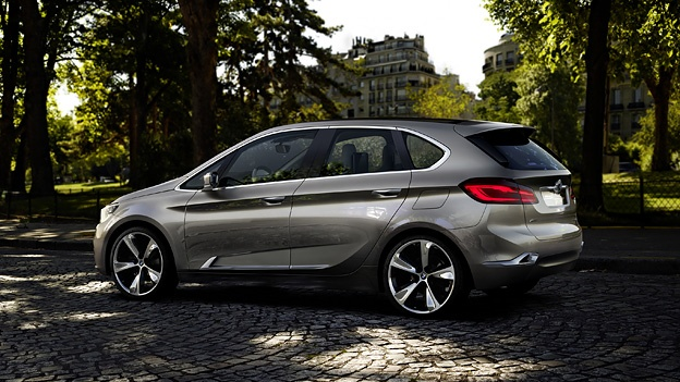 BMW Cocnept Active Tourer http://www.autorevue.at/aktuell/bmw-concept-active-tourer-dreizylinder-frontantrieb-van-paris-messe-autosalon-news.html