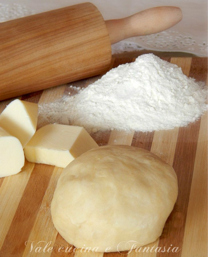 Pasta brisè ricetta base,  facile e veloce