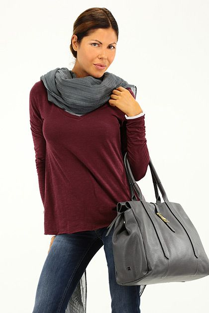 American Vintage - Maglie - Abbigliamento - Maglia in cotone con scollo a V e mancia lunga. - LIE DE VIN - € 50.00