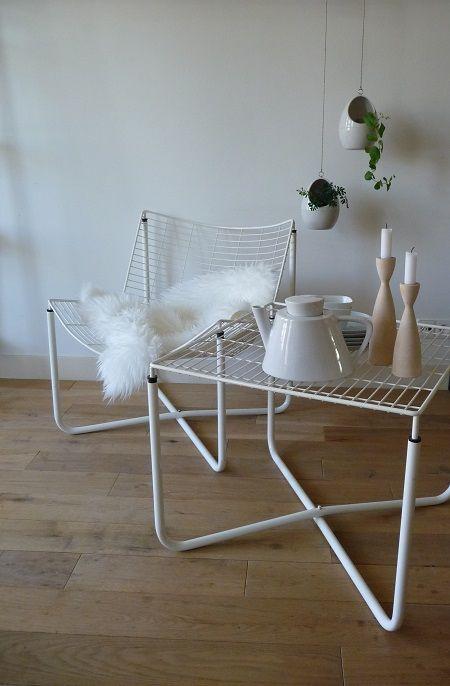 Draadstoel en tafel van de deen niels gammelgaard in for Ikea kinderstoel en tafel