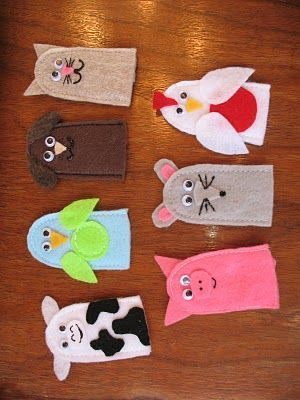 Cute Animal Finger Puppets made of felt. Easy and fun sewing project for toddlers.