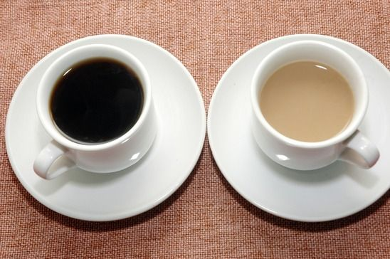 Is Non-Dairy Creamer a Smart Choice for Your Liver? NO!  It has chemicals.  Milk is better!