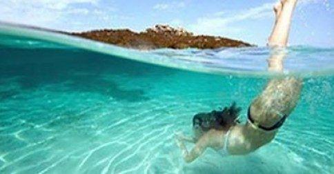 Μεγάλη προσοχή: Μην ξεπλένεστε από το αλάτι της θάλασσας κατευθείαν μετά το μπάνιο! Δείτε τον πολύ σοβαρό λόγο: http://biologikaorganikaproionta.com/health/241876/