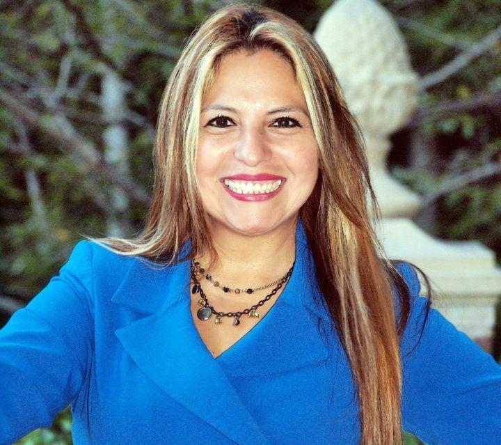 "Meet The Progressive Immigrant Lawmaker Who Will Respond To Donald Trump In Spanish  ""This happened so fast,"" Virginia Del. Elizabeth Guzman (D) said."