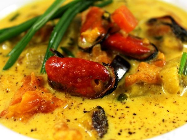 Ricetta Zuppetta di cozze e verdure allo zafferano, da Contemporaneofood - Petitchef