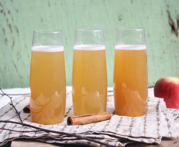 Tennessee Spiced Apple Cider Champagne Cocktails