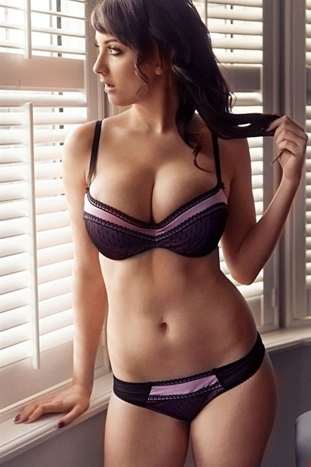 5836 Best Super Sexy Images On Pinterest  Beautiful Women, Cute Kittens And Curves-9067