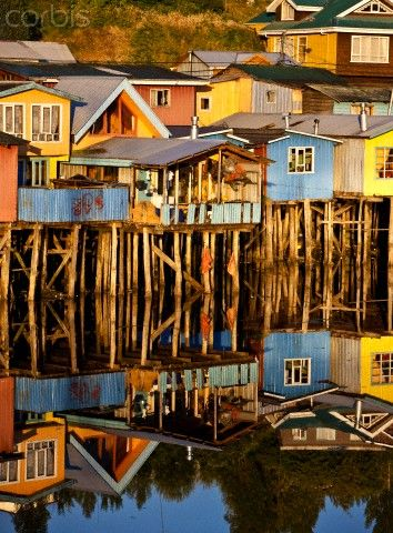 #Chile #Paisaje #SaleDelCamino Stilt houses on Chiloe, Chile