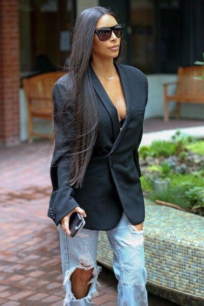 A blazer jeans and Kim Kardashian wearing Sunnies
