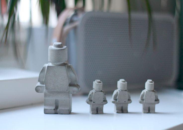 DIY | Legomænd i beton - F L A I R
