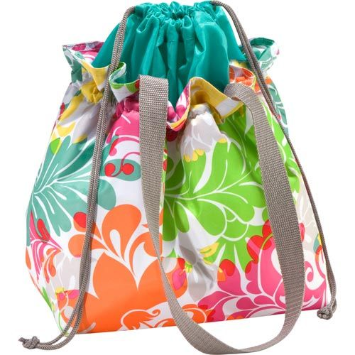Enter to WIN a Thirty-One Cinch-It-Up Thermal Tote - A Day in Motherhood ENDS 5/18