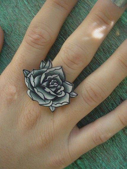 39 best black ring tattoos images on pinterest ink ring for Interlocking wedding rings tattoo