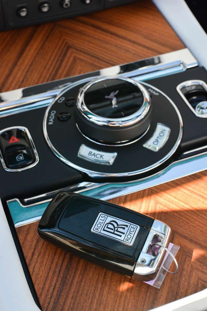 Pin by Keyprotek on Car Keys | Rolls royce dawn, Rolls royce, Rolls