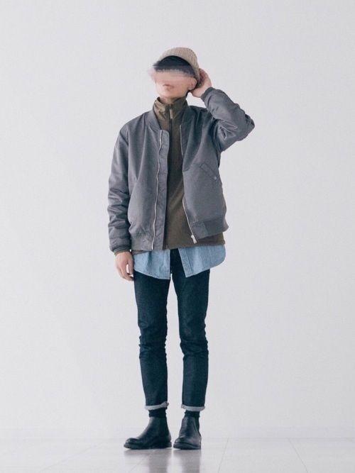 MA-1(セージグリーン)×トラックジャケット(カーキ)×ビッグシャツ(ブルー) 冬っぽさがない…
