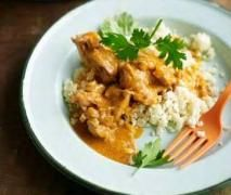 """Paleo Butter Chicken- Adapted from Pete Evans """"Family Food"""", simple and great!!! Add cashews! Favourite"""