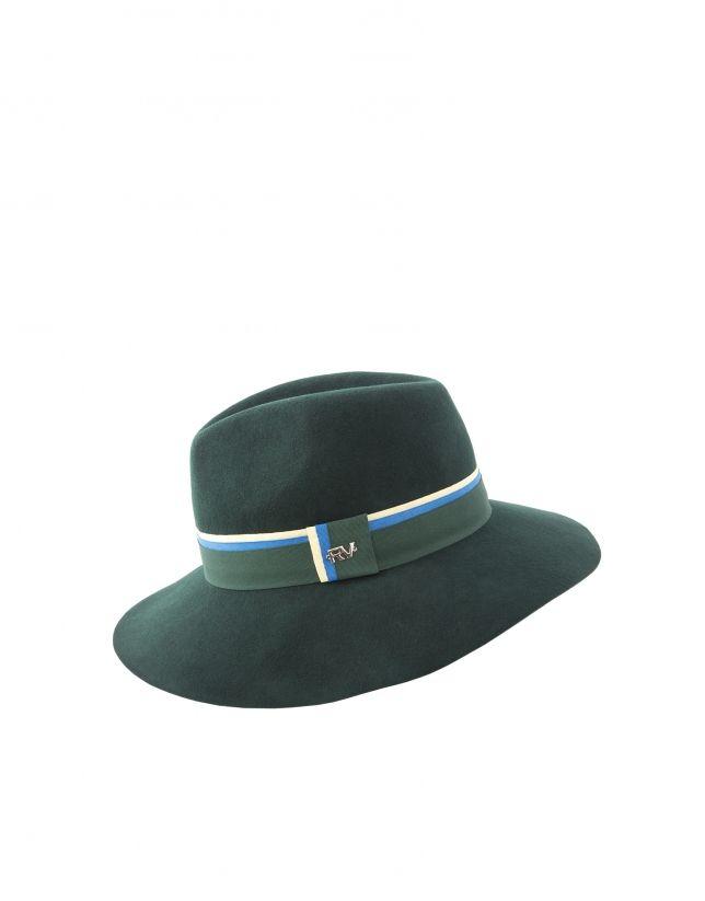 Sombrero de mujer, en fieltro verde