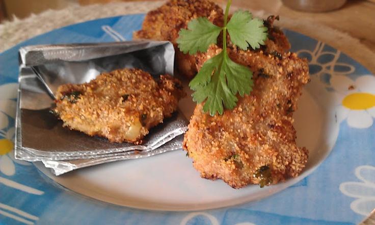 Indian chicken cakes #garam_masala #cumin #spisskummen #koriander #coriander #chili #ingefaer #ginger #cilantro #kyllingkjoettdeig #minced_meat #ground_meat