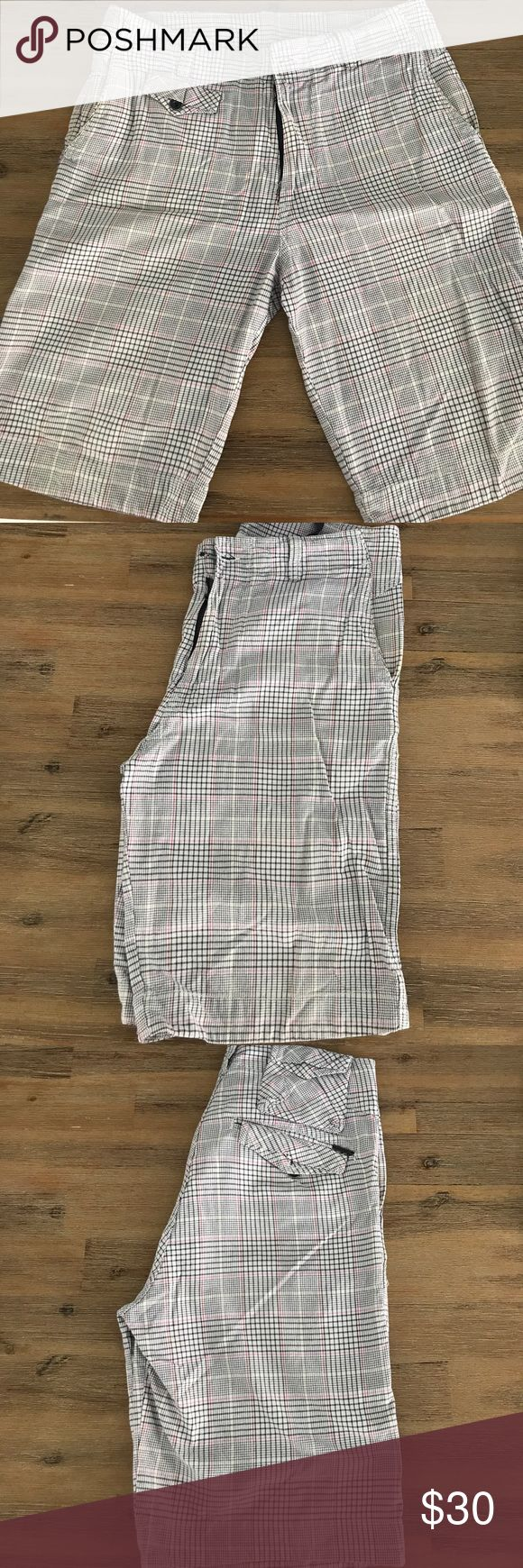 Diesel plaid shorts size 32 Diesel plaid shorts size 32. *missing button at waist Diesel Shorts Flat Front