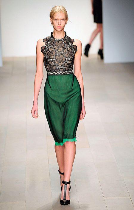 Marios Schwab Fall 2012. #fashion #clothes #runways: Mario Schwab, Fashion Clothing, Emeralds Green, Fashion Week, Dresses, Fall 2012, Schwab Fall, Fall Fashion, Fashion Trends