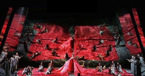 AIDA by Giuseppe Ver - AIDA by Giuseppe Verdi   set deisgner HUGO DE ANA --- #Theaterkompass #Theater #Theatre #Schauspiel #Tanztheater #Ballett #Oper #Musiktheater #Bühnenbau #Bühnenbild #Scénographie #Bühne #Stage #Set