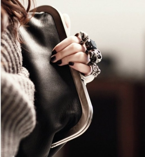 knuckle ring soft clutch.